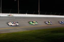 Tony Stewart, Stewart-Haas Racing Chevrolet, Kyle Busch, Joe Gibbs Racing Toyota, Jimmie Johnson, Hendrick Motorsports Chevrolet
