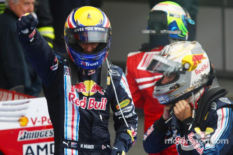 Race winner Mark Webber, Red Bull Racing celebrates with Sebastian Vettel, Red Bull Racing