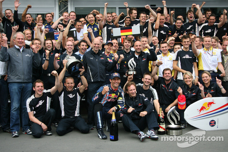 Race winner Mark Webber, Red Bull Racing celebrates with his team and Sebastian Vettel, Red Bull Rac