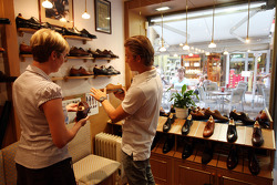 Nico Rosberg, Williams F1 Team, goes to the Vass Shoe Shop in Budapest to look at hand made shoes