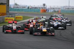 Lewis Hamilton, McLaren Mercedes et Mark Webber, Red Bull Racing