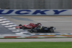 Scott Dixon, Target Chip Ganassi Racing running with Jacques Lazier, CURB/Agajanian/3G