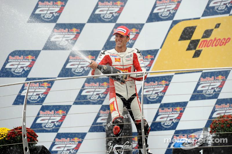 Podio: segundo lugar Alex De Angelis, San Carlo Honda Gresini