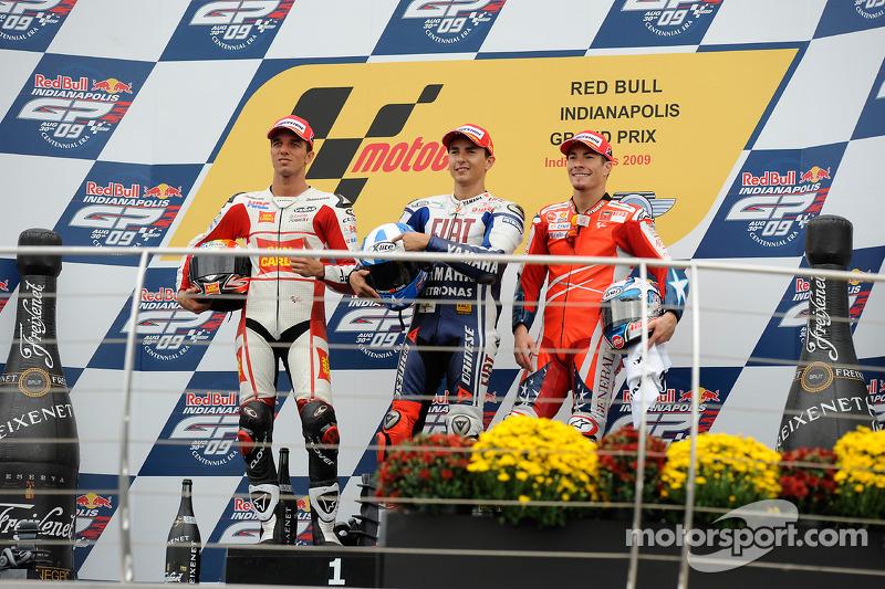 Podio: ganador de la carrera Jorge Lorenzo, Fiat Yamaha Team, segundo lugar Alex De Angelis, San Carlo Honda Gresini y tercer lugar Nicky Hayden, Ducati Marlboro Team