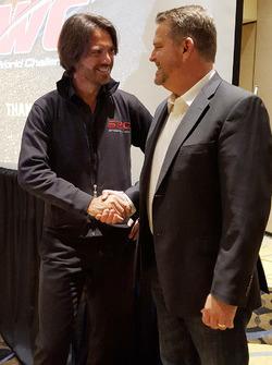 Stéphane Ratel, jefe del grupo de SRO Motorsports, con Greg Gill, Presidente y CEO de WC Vision