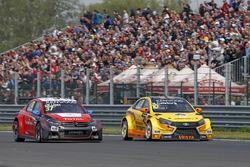 José María López, Citroën World Touring Car Team, Citroën C-Elysée WTCC und Nicky Catsburg, LADA Sport Rosneft, Lada Vesta