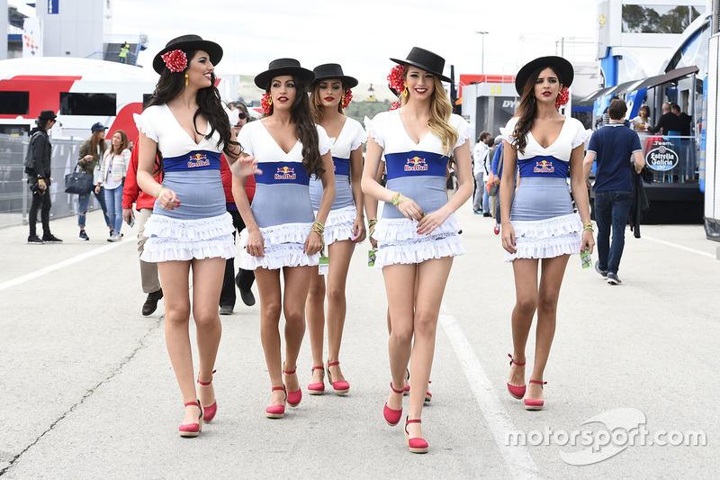 Hermosas chicas de Red Bull