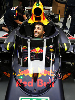 Daniel Ricciardo, Red Bull Racing RB12 mit dem Aero Screen