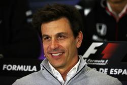 Тото Вольф, руководитель Mercedes AMG F1 на пресс-конференциии FIA