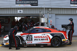 #22 Nissan GT Academy Team RJN, issan GT-R Nismo GT3: Romain Sarazin, Matthew Simmons, Sean Walkinshaw
