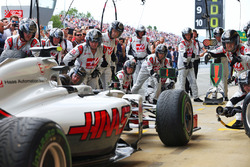 Boxenstopp-Training beim Haas F1 Team
