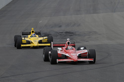 Scott Dixon, Chip Ganassi Racing leads Dario Franchitti, Chip Ganassi Racing