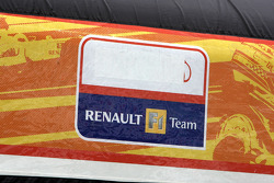 The Renault F1 Team logo without ING