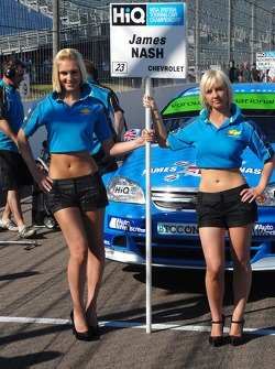 James Nash's Grid Girls