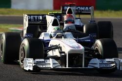 Nick Heidfeld, BMW Sauber F1 Team leads Robert Kubica, BMW Sauber F1 Team
