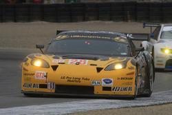 #28 LG Motorsports Chevrolet Riley Corvette C6: Tom Sutherland, Tomy Drissi, Lou Gigliotti