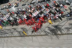 Pit stop for Scott Dixon, Chip Ganassi Racing