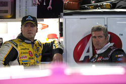 Paul Menard, Yates Racing Ford and Bobby Labonte, Hall of Fame Racing Ford