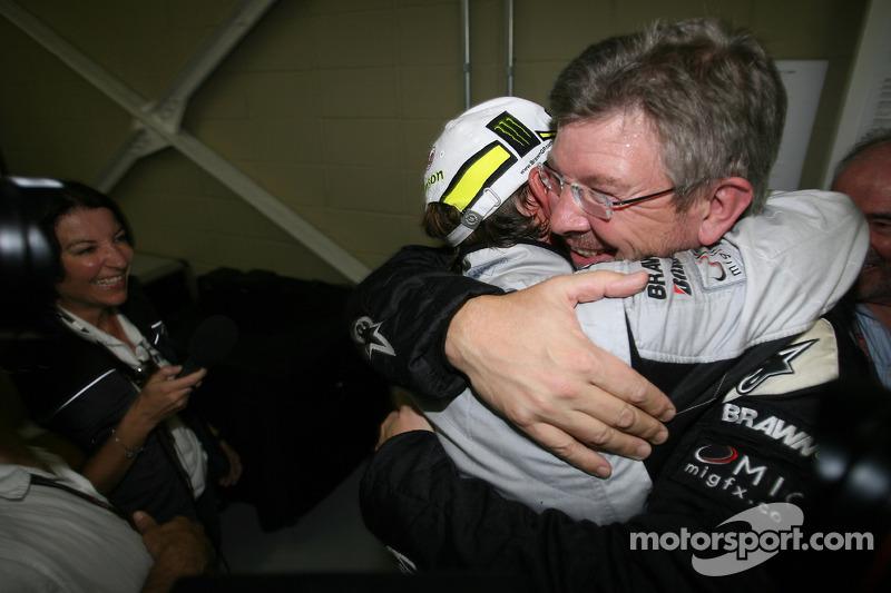 Jenson Button, BrawnGP gana el Campeonato del mundo con Ross Brawn