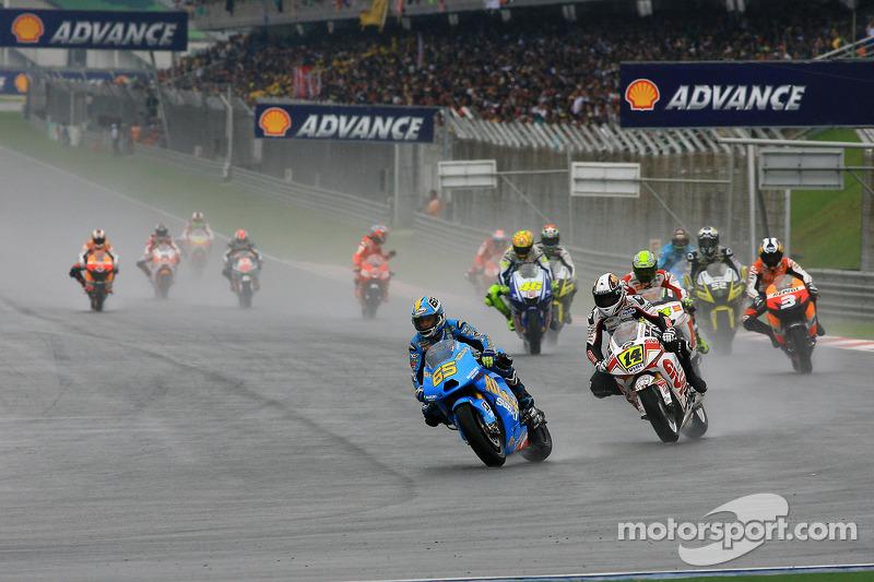 Desfile: Loris Capirossi, Rizla Suzuki MotoGP