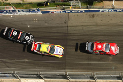 #7 Jack Daniel's Racing: Todd Kelly, #67 Supercheap Auto Racing: Tim Slade, #24 Bundaberg Red Racing: David Reynolds