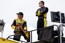 Clint Bowyer, Richard Childress Racing Chevrolet and Jeff Burton, Richard Childress Racing Chevrolet