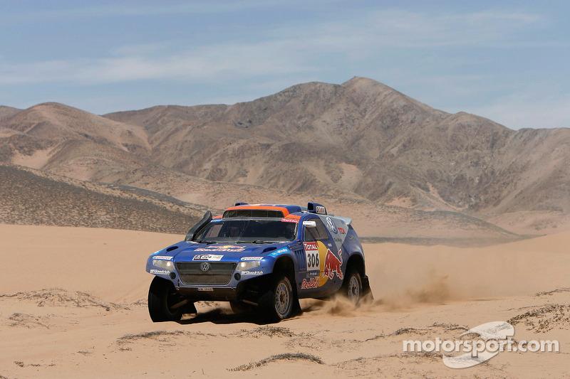 #306 Volkswagen: Nasser Al Attiyah et Timo Gottschalk