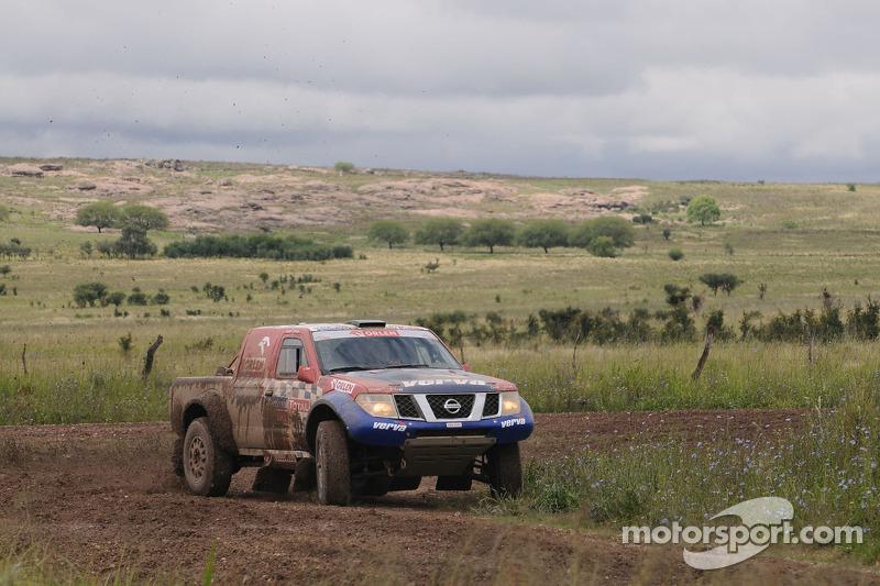 #308 Nissan Overdrive: Krzysztof Holowczyc et Jean-Marc Fortin