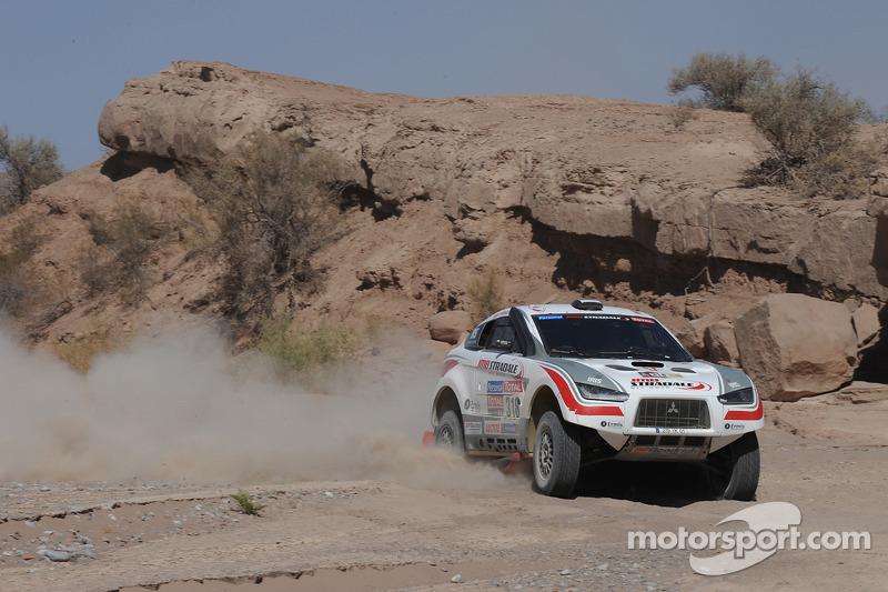 #318 Mitsubishi: Nicolas Misslin y Jean-Michel Polato