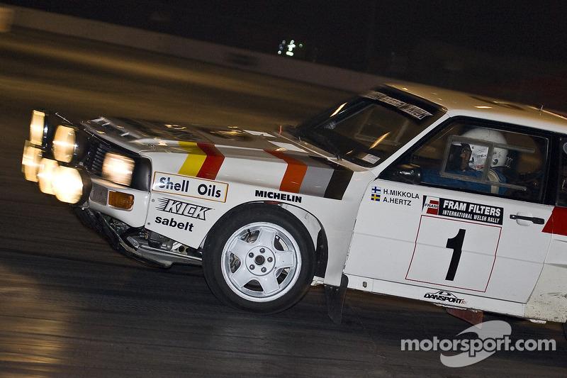 Démonstration d'une voiture de rallye de groupe B