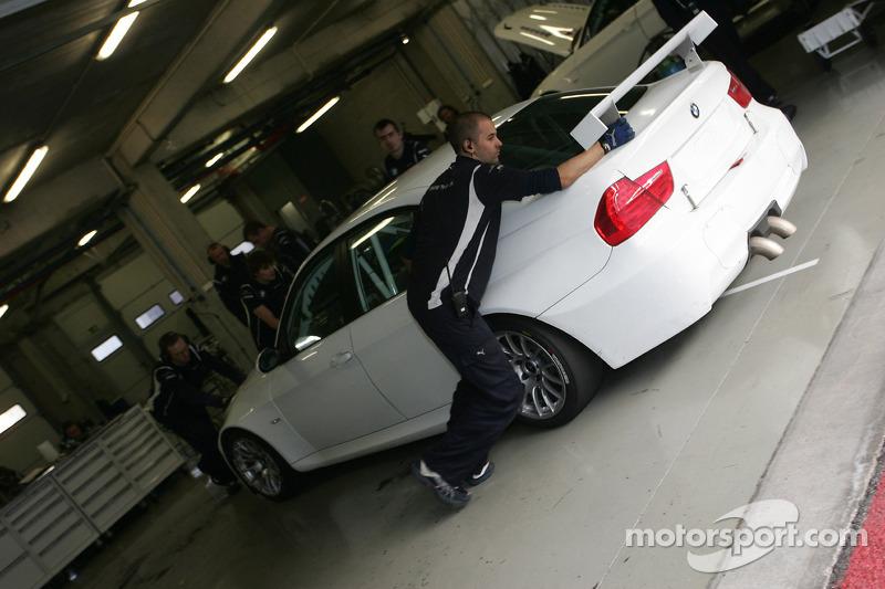 Augusto Farfus, BMW 320si, BMW Team UK