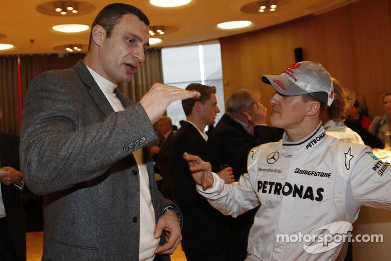 Michael Schumacher con el boxeador Vitali Klitschko