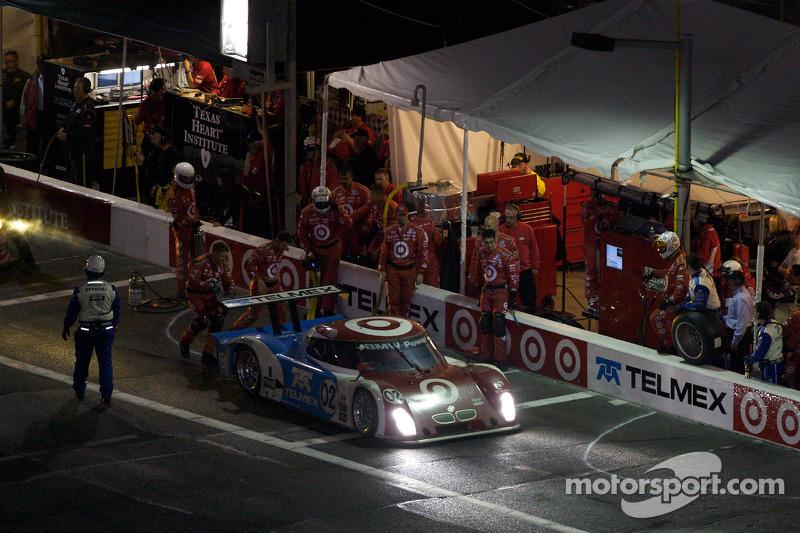 Arrêt aux stands pour #02 Chip Ganassi Racing avec Felix Sabates BMW Riley: Scott Dixon, Dario Franchitti, Jamie McMurray, Juan Pablo Montoya