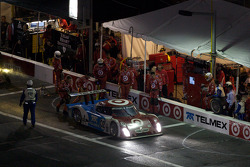 Pit stop for #02 Chip Ganassi Racing with Felix Sabates BMW Riley: Scott Dixon, Dario Franchitti, Jamie McMurray, Juan Pablo Montoya