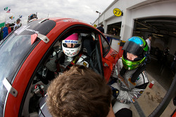 Changement de pilotes pour #64 JLowe Racing Porsche GT3: Jim Lowe, Eric Lux, Jim Pace, Tim Sugden, James Walker