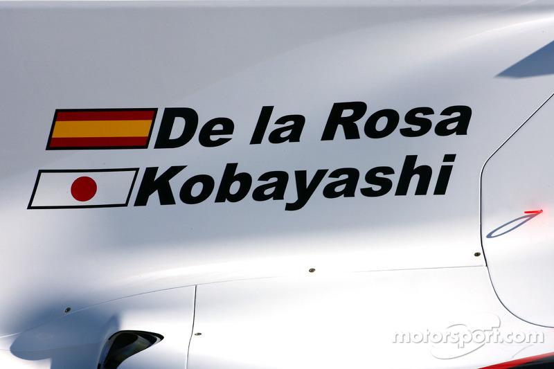 La nouvelle BMW Sauber C29, Pedro de la Rosa, BMW Sauber F1 Team et Kamui Kobayashi, BMW Sauber F1 Team