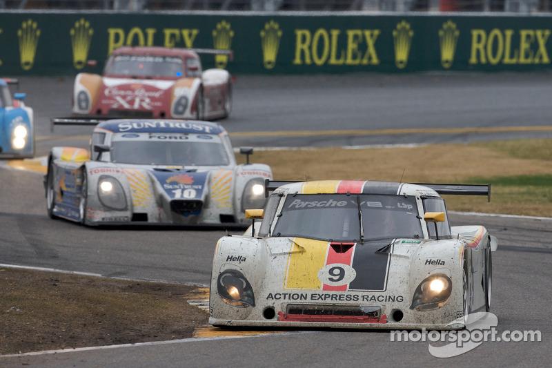 #9 Action Express Racing Porsche Riley: Joao Barbosa, Terry Borcheller, Ryan Dalziel, Mike Rockenfel