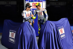 Valentino Rossi and Jorge Lorenzo unveil the new Yamaha YZR-M1