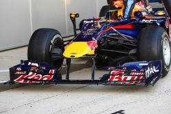 El nuevo Red Bull RB6 alerón frontal y cono de nariz