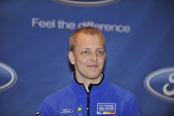 El auto  Ford Focus RS WRC08 de Mikko Hirvonen para el equipo BP Ford Abu Dhabi World Rally Team