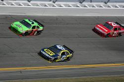 Mark Martin, Hendrick Motorsports Chevrolet, A.J. Allmendinger, Richard Petty Motorsports Ford