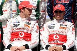 Дженсон Баттон, McLaren Mercedes и Льюис Хэмилтон, McLaren Mercedes