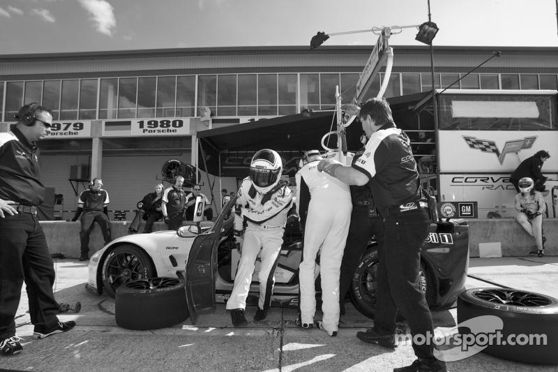 Pitstop #4 Corvette Racing Chevrolet Corvette ZR1: Olivier Beretta, Oliver Gavin, Emmanuel Collard