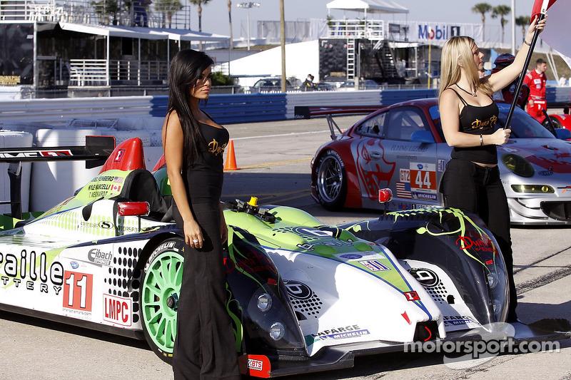 Primetime Race Group gridgirls