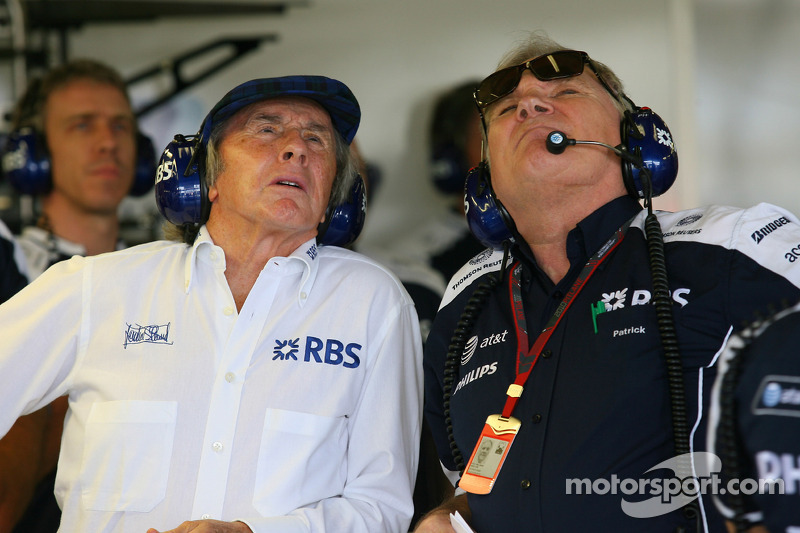 Sir Jackie Stewart, RBS vertegenwoordiger en oud-wereldkampioen F1 met Patrick Head, WilliamsF1 Team