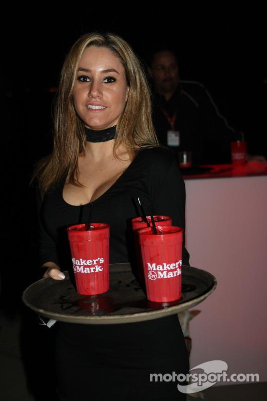 Pre-event party: hostess