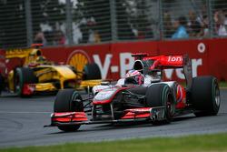 Jenson Button, McLaren Mercedes and Robert Kubica, Renault F1 Team