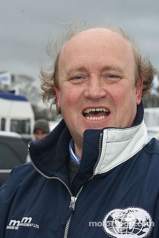 Rupert Svendsen-Cook's vader