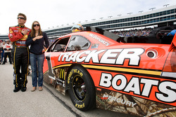 Jamie McMurray, Earnhardt Ganassi Racing Chevrolet, et sa femme Christy