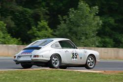 #85 1968 Porsche 911: CH DeHaan